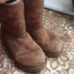 Brown UGGs, ladies size 9